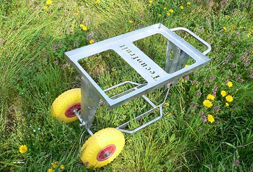 Tray wheelbarrow